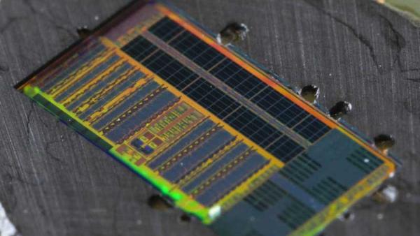 CPU แสง CPU แห่งอนาคตทำงานเร็วกว่าเดิม 1000 เท่า