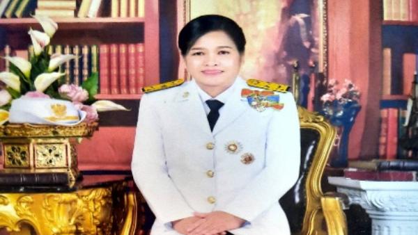 นางพรทิพย์  ลือคำงาม  โรงเรียนอนุบาลจันทบุรี